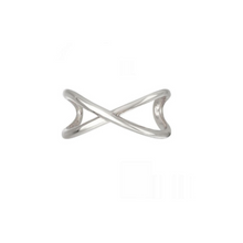 Load image into Gallery viewer, Criss Cross Ear Cuff Silver