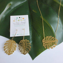 Load image into Gallery viewer, Monstera Leaf Pendant Earrings