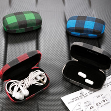 Load image into Gallery viewer, Buffalo Plaid Travel Case