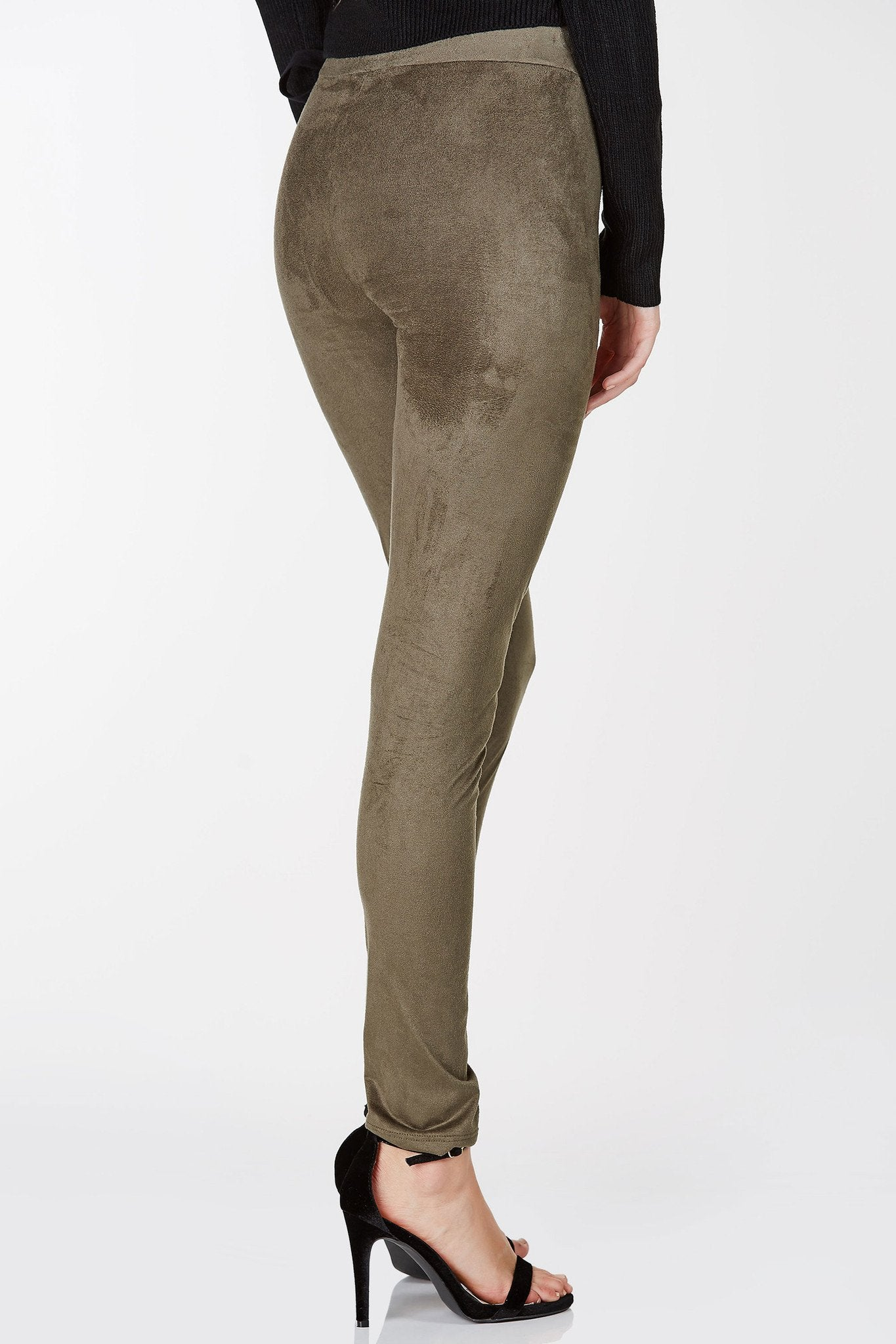 High rise basic leggings with suede finish. Slim fit with elastic waistband for comfort.