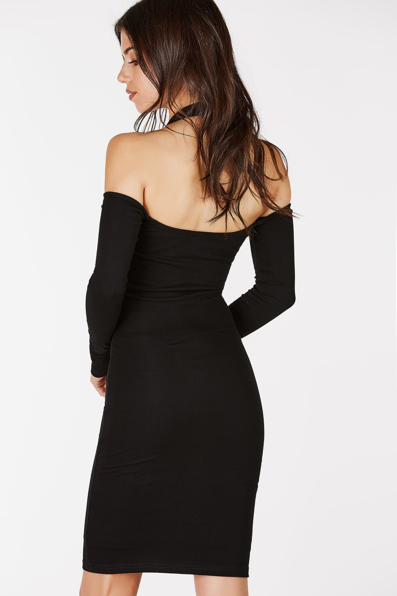 Choker neckline long sleeve midi dress. Gold eyelet detailing with lace up design in front. Fully lined with off shoulder cut out.