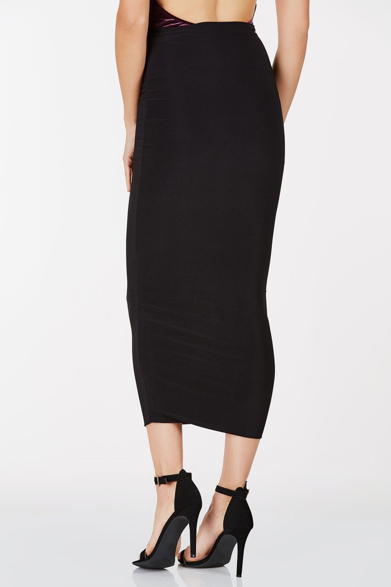 High rise midi skirt with full lining. Stretchy fabric with bodycon fit.