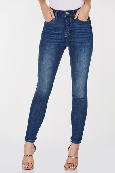 High rise skinny jeans with classic blue wash. Comfortable stretchy fabric with button and zip closure.