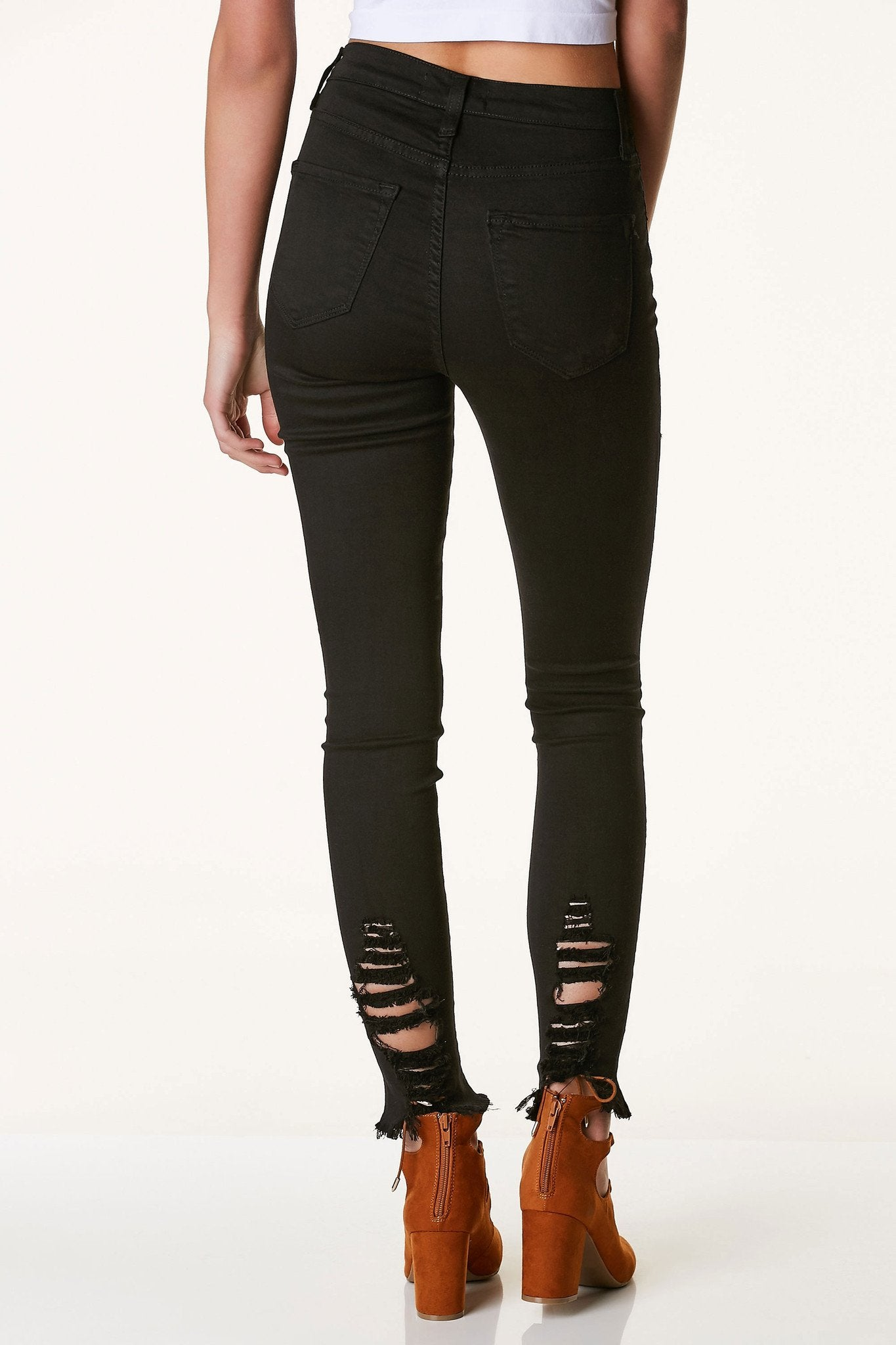 Tough Luck Distressed Skinnies