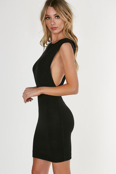 Sleeveless boat neck midi dress, ribbed throughout for a comfortable flattering fit with straight hem all around.