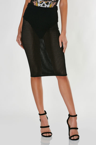 High rise bodycon midi skirt made of stretchy crochet material. Elasticized waistband and straight hem all around.