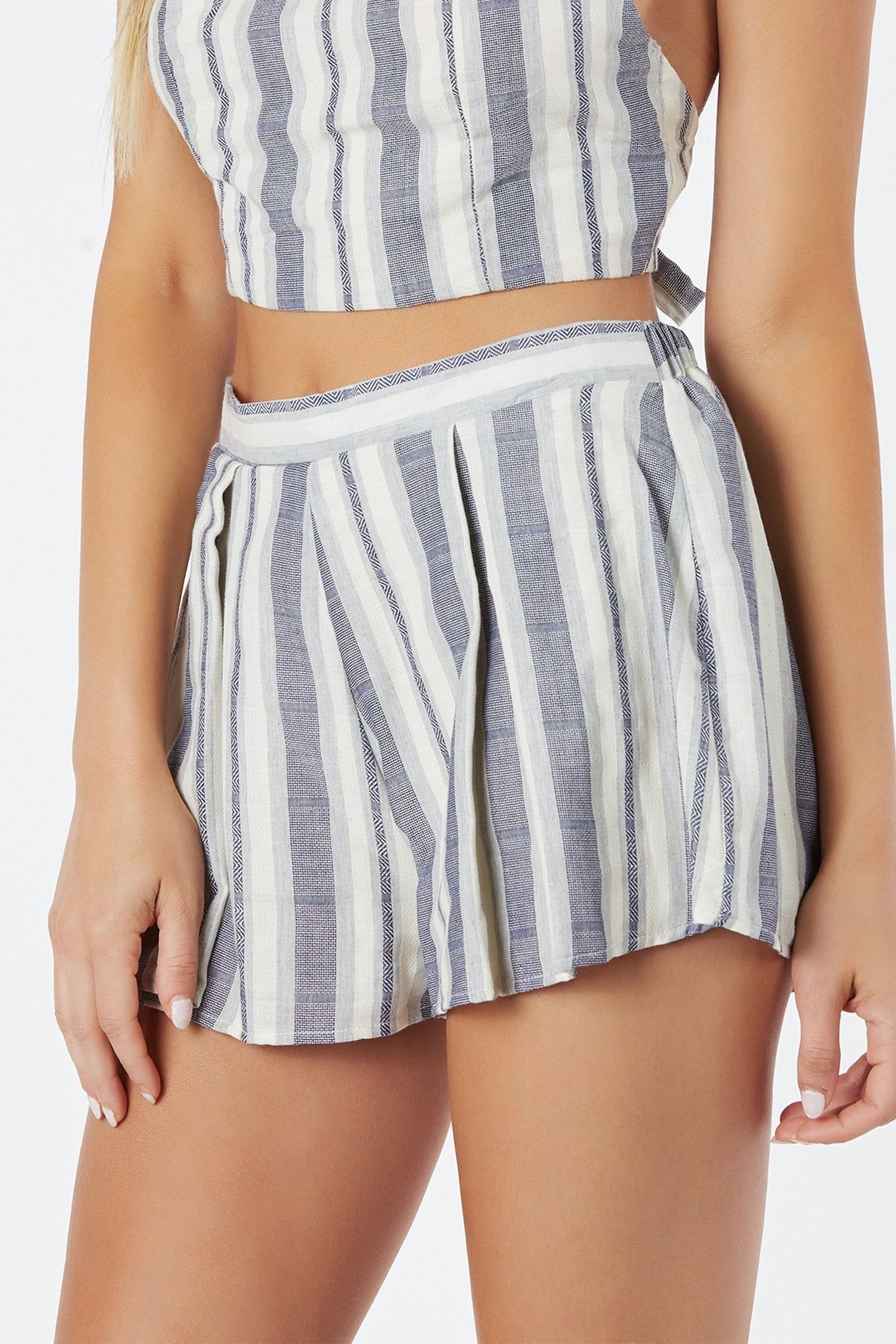 Chic high rise shorts with stripe patterns trhoughout. Fully lined with elasticized waist for comfortable fit.
