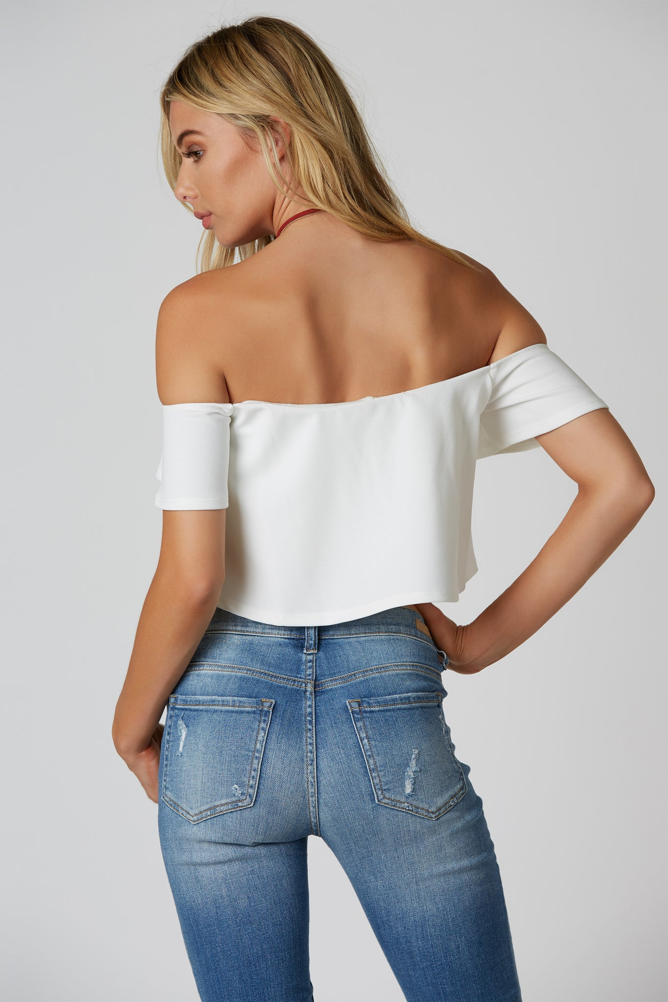 Flirty off shoulder crop top with A-line hem. Wired neckline, comfortable lining with stretchy fit.