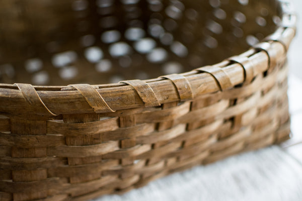 Antique Tabacco Basket