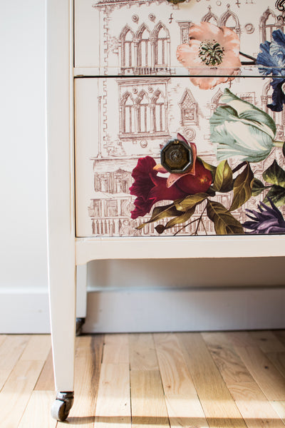 La Vie en Rose Chest of Drawers