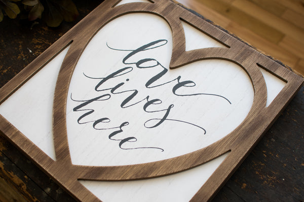 Love Lives Here Wall Decor