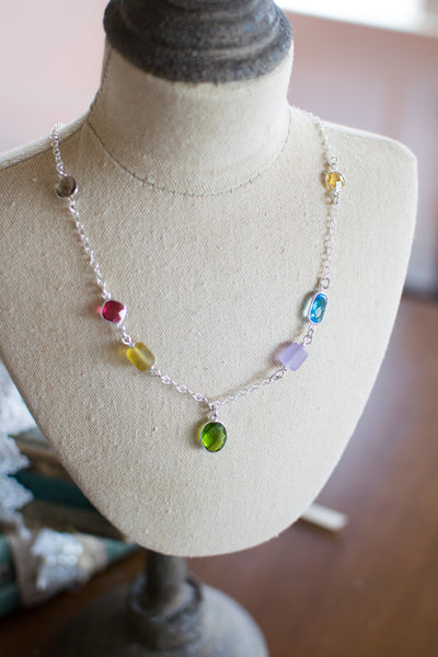 Holloway Necklace - Jelly Bean Row