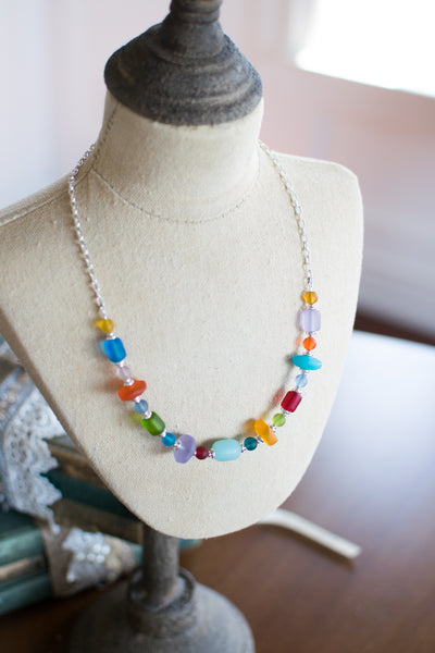 Prescott Necklace - Jelly Bean Row