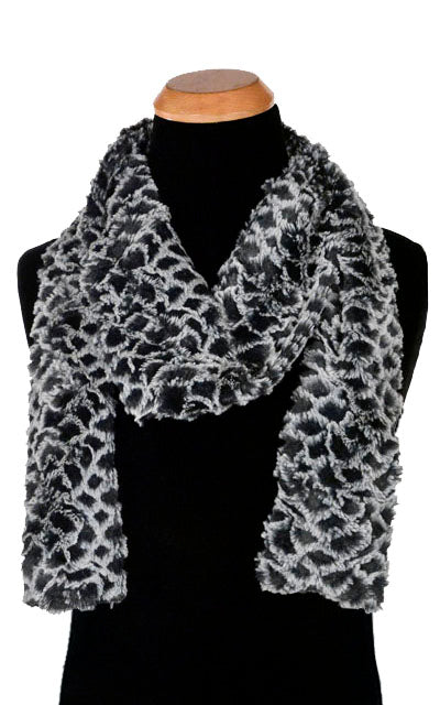 Men's Classic Scarf - Luxury Faux Fur in Snow Owl