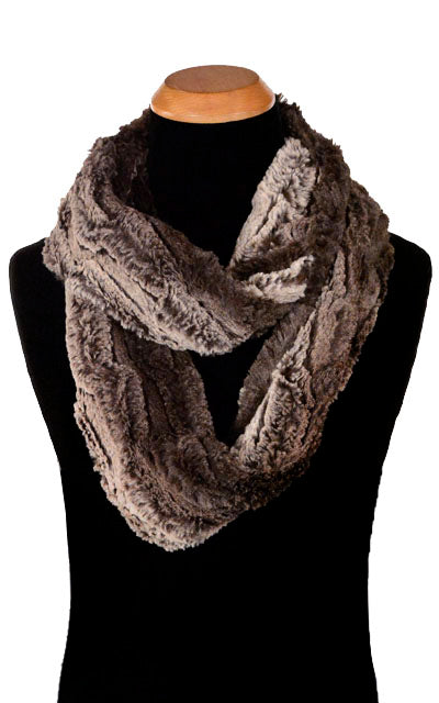 Men's Infinity Scarf - Luxury Faux Fur in Chinchilla Brown