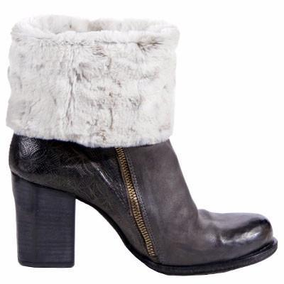Boot Topper - Luxury Faux Fur in Winters Frost No Buttons / Winters Frost Accessories Pandemonium Millinery