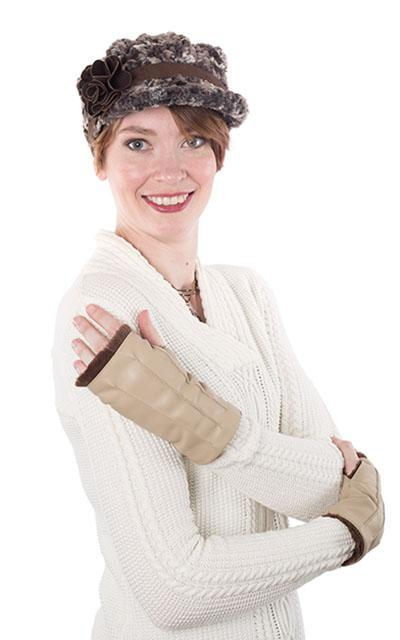 Fingerless / Driving Gloves - Vegan Leather in Camel with Cuddly Faux Fur