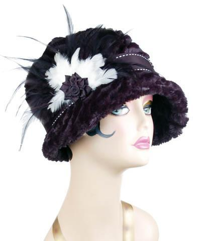 Grace Cloche Style Hat - Desert Sand Faux Fur in Midnight