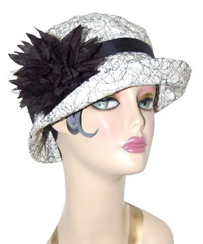 Molly Hat Style - Luna in White
