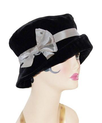 Molly Hat Style - Velvet in Black