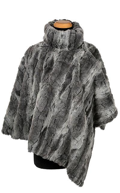 Poncho - Luxury Faux Fur in Stormy Night