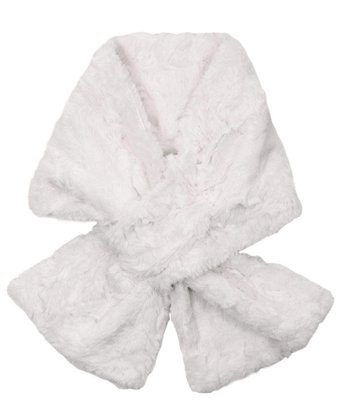 Pull-Thru Scarf - Cuddly Faux Fur in Ivory