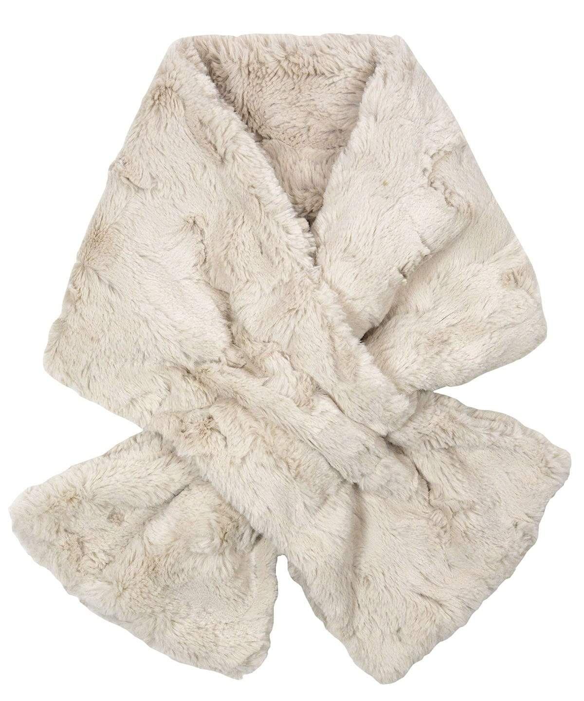 Pull-Thru Scarf - Cuddly Faux Fur in Sand