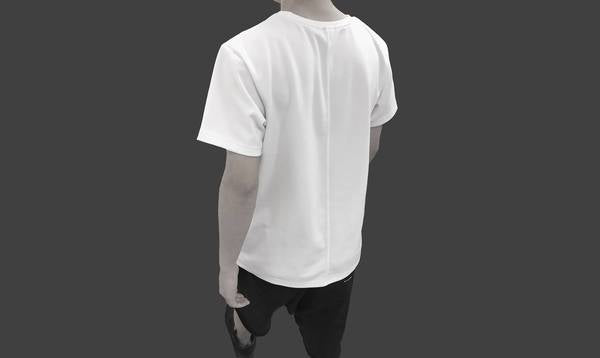 Signature White T with Two-layered construction, one side cotton and the other side silk. Extremely soft and breathable.