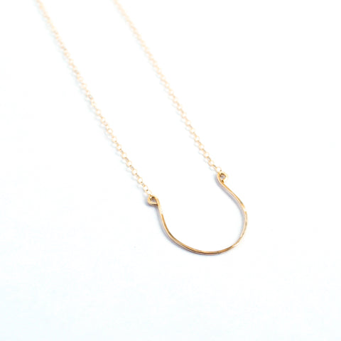 Aliso Horseshoe Necklace