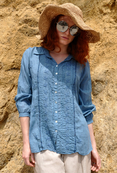 2690 Hand Embroidered Pleated Shirt