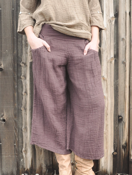 8702 Cropped Pant