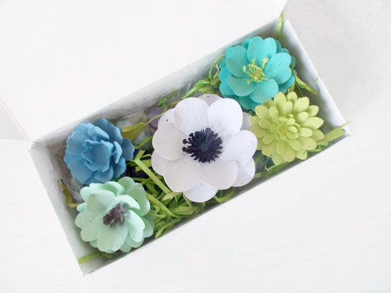 Wildflower Seeded Plantable Paper Flowers and Seed Bombs Gift Set