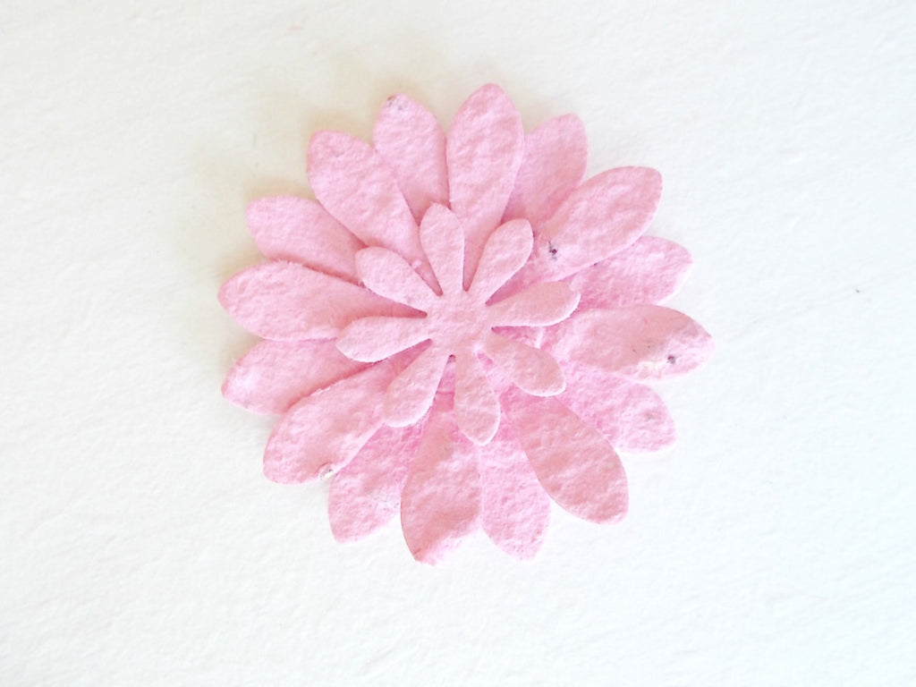 12 Pink Paper Gerbera Daisy Flowers,  Eco Friendly Plantable  Paper Embedded With Wildflower Seeds