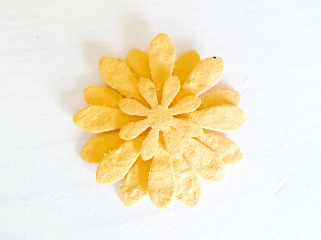 12 Layered Paper Flower Favors - Golden Yellow Daisies Made with Seed Paper - Plantable Paper Blooms