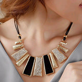 Rope Chain Statement Necklace Rectangle Pendants