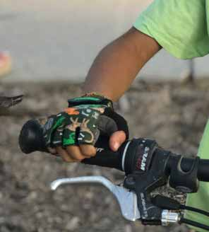 ZippyRooz Dinosaur Kids Bike Gloves