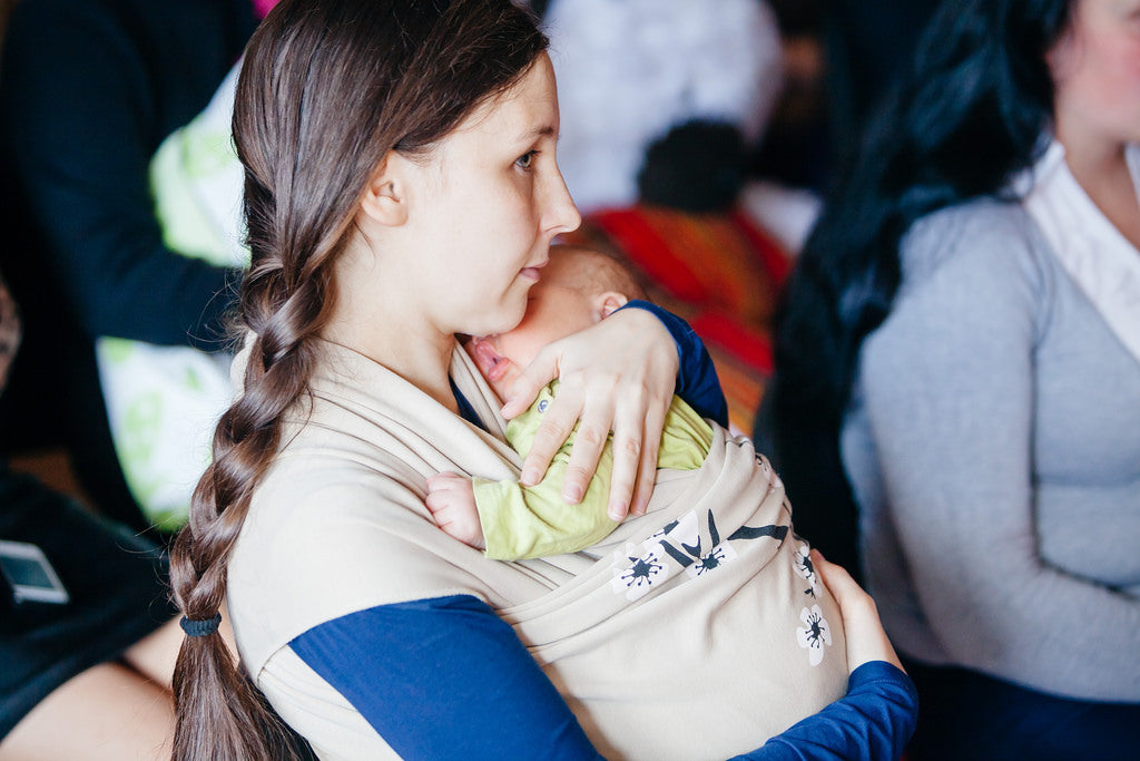 How do Breastfeeding and Formula Feeding Vary?