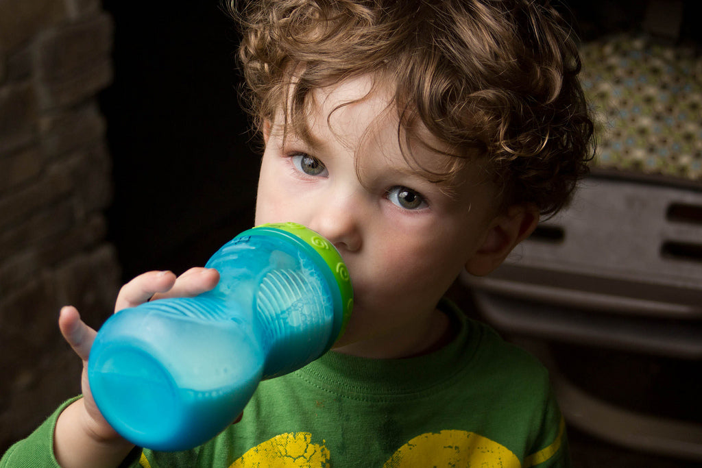 Transitioning from Bottle to Sippy Cup
