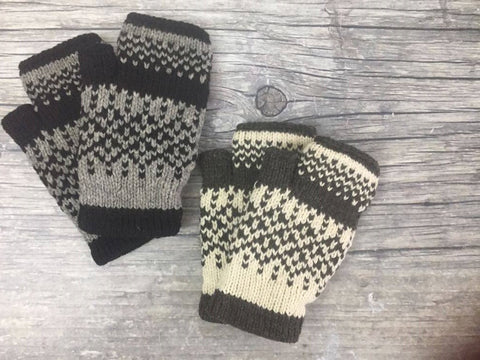 Fingerless Gloves - Diamonds