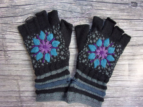 Fingerless Gloves - Evening Snowflake