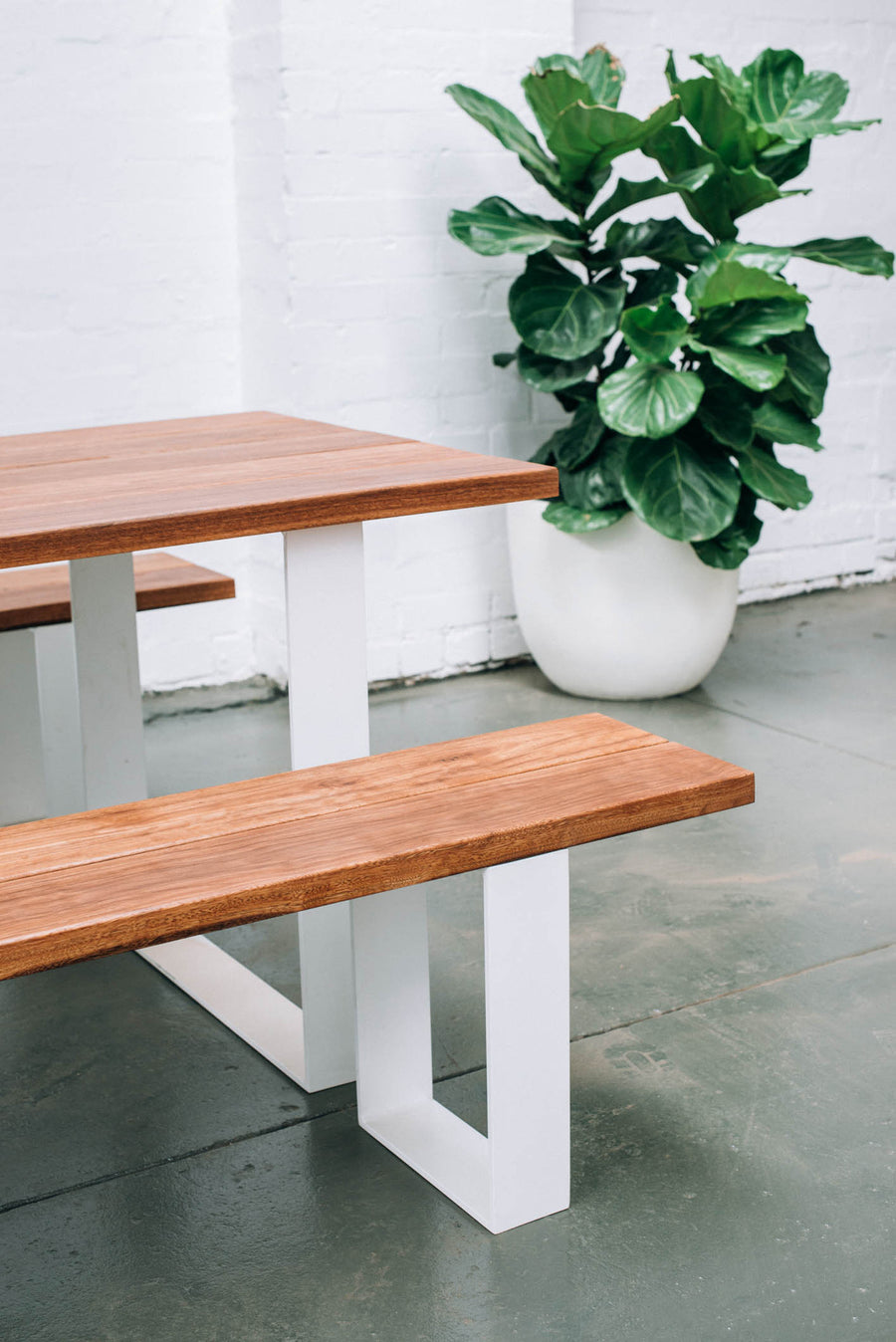 GARDEN TABLE SET