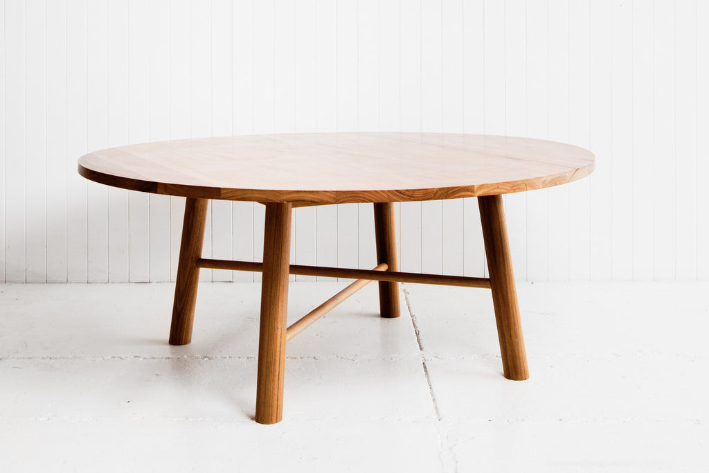 FEATHER TOP TABLE - ROUND