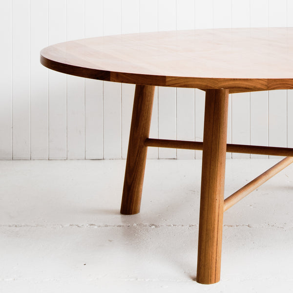 P&S FEATHER TOP TABLE ≈ ROUND
