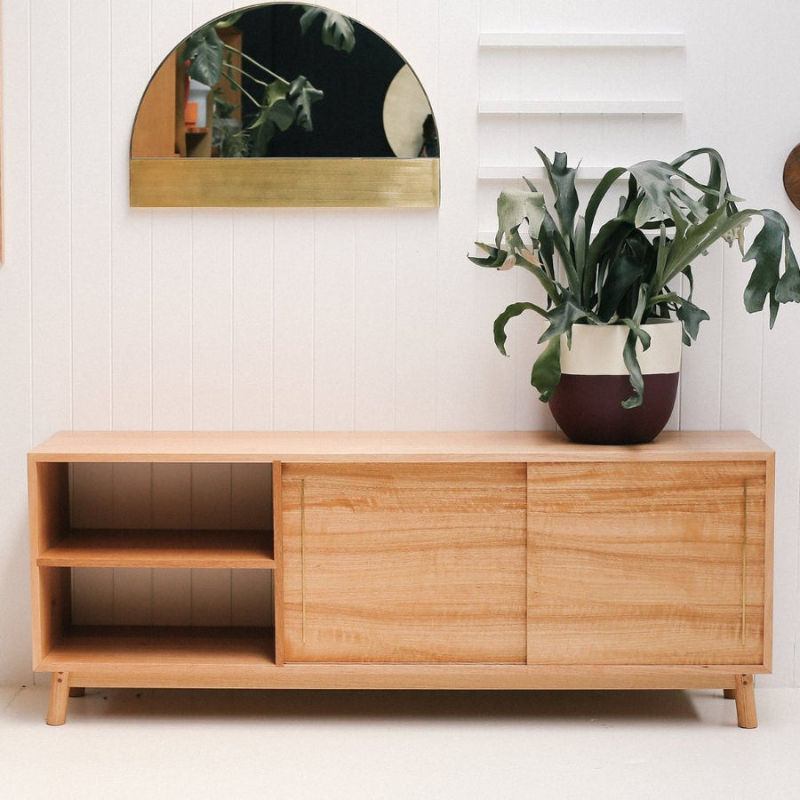 CLASSIC ROCKY SIDEBOARD