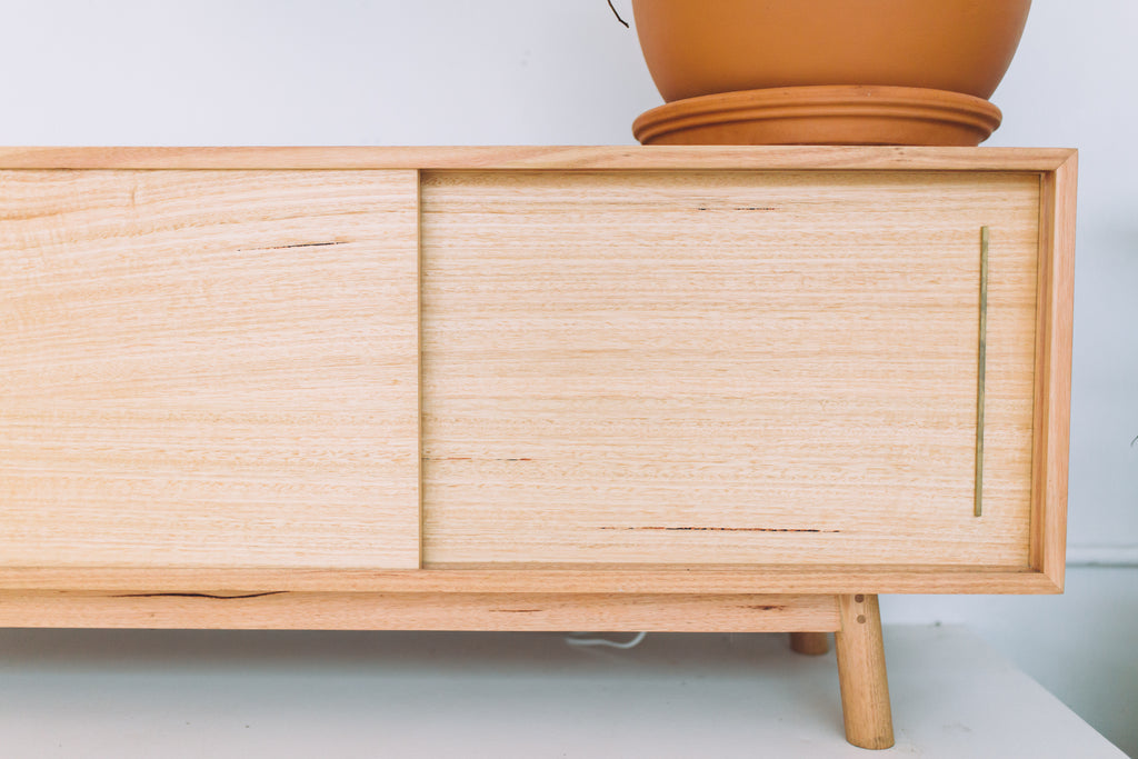 ROCKY RECORD SIDEBOARD
