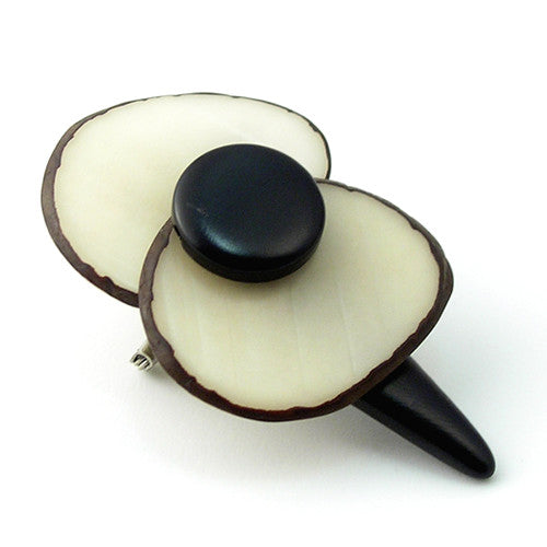 Poppy Brooch in Ivory