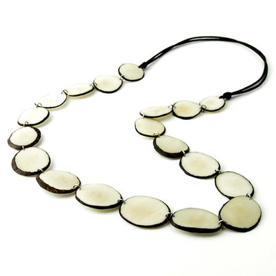 Cadhozliso Necklace in Ivory