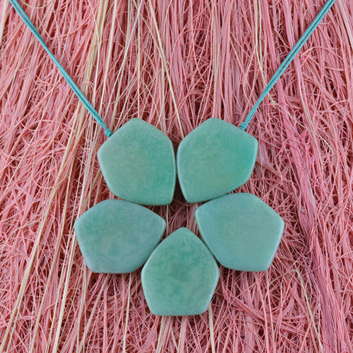 Pentaflor Necklace in Mint Green