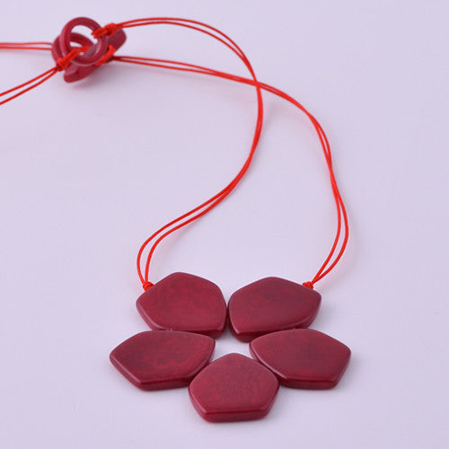 Pentaflor Necklace in Red