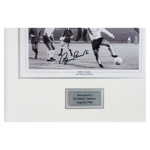 Sir Bobby Charlton Signed Man Utd & England 66 Cup Final print-Manchester United